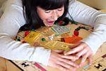 Mediations-Hotline schlichtet Streit bei Monopoly-Spiel